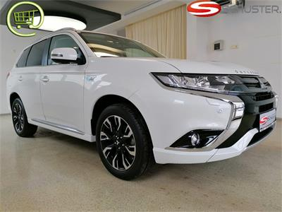 Mitsubishi Outlander PHEV 2,0 4WD Instyle Connect Led.Braun18